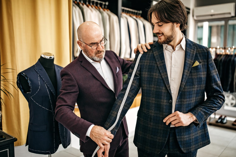 Find the Best Suit Shop in Dallas at Amini's Suit and Shoe Warehouse